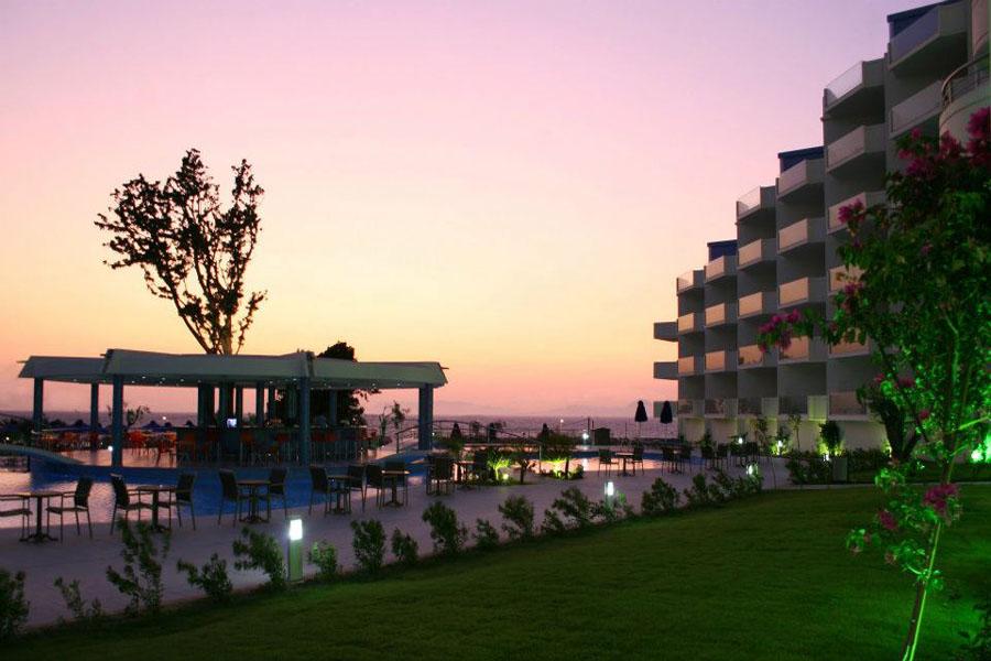 Luxury Hotel: Atrium Platinum