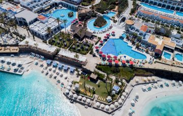 Luxury Hotel: RADISSON BLU BEACH RESORT & SPA