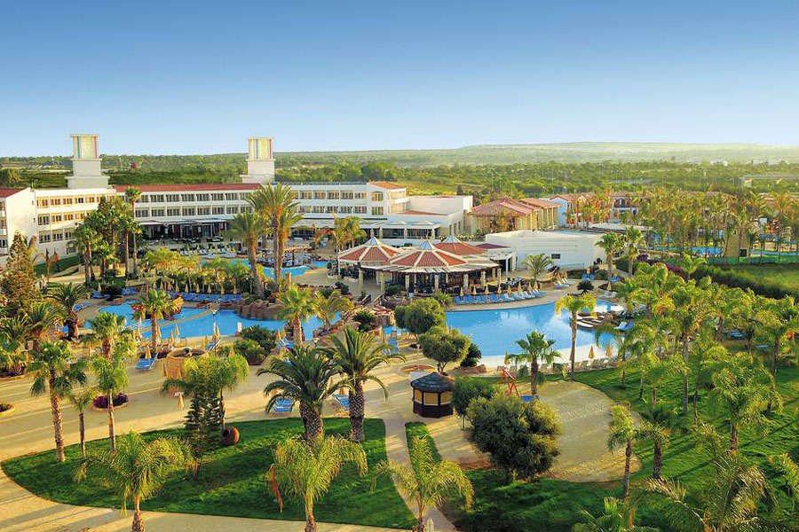 Luxury Hotel: OLYMPIC LAGOON RESORT AYIA NAPA