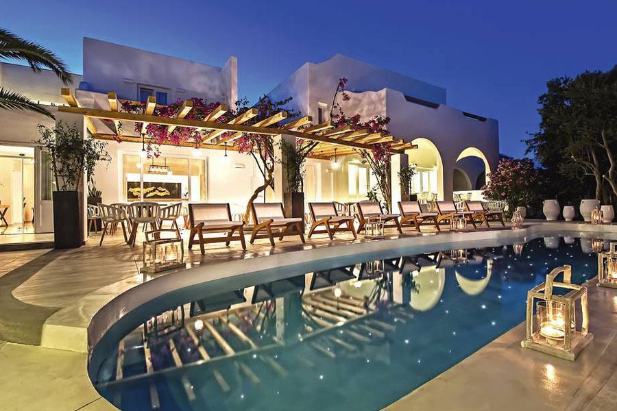 Luxury Hotel: Cavo Bianco Hotel