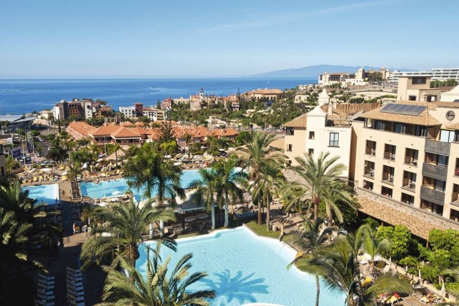 Luxury Hotel: TENERIFE WITH LA GOMERA CRUISE & TOUR
