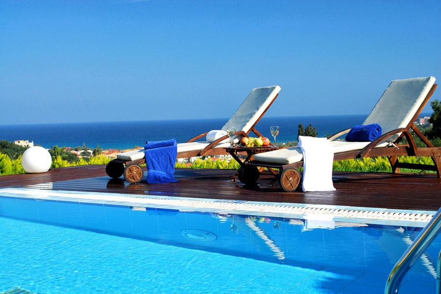 Luxury Hotel: St John Luxury Villas