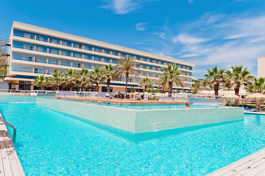 Luxury Hotel: Blue Sea Beach Resort