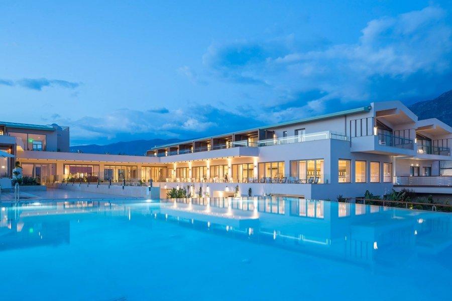 Luxury Hotel: HORIZON BLU