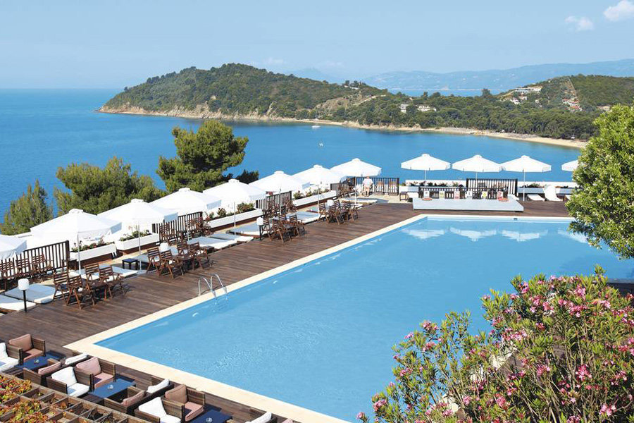 Skiathos palace hotel going luxury for Best hotels in skiathos