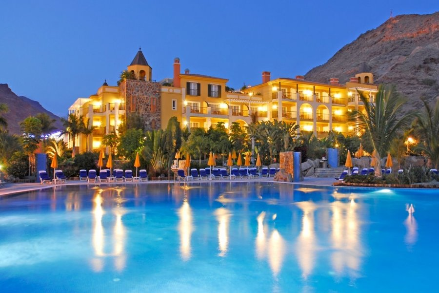 Luxury Hotel: CORDIAL MOGAN PLAYA