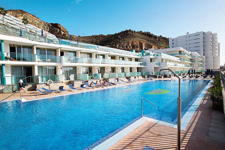 Luxury Hotel: Morasol Suites Hotel