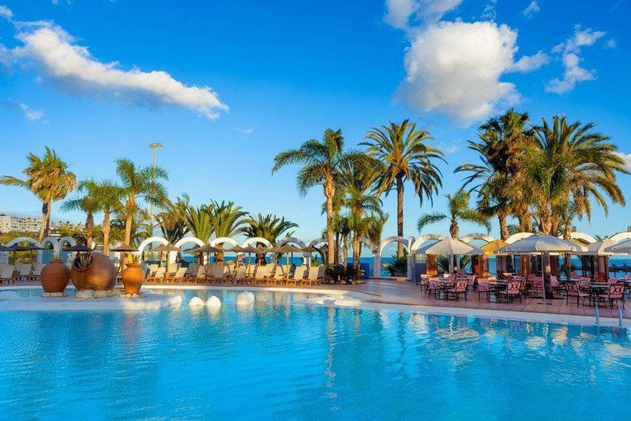Luxury Hotel: Melia Tamarindos