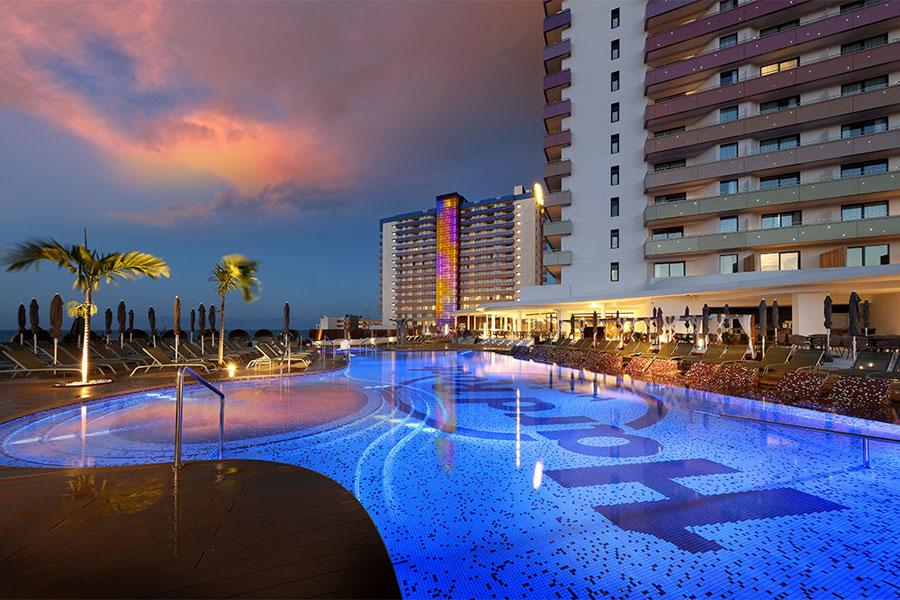 Luxury Hotel: HARD ROCK HOTEL TENERIFE