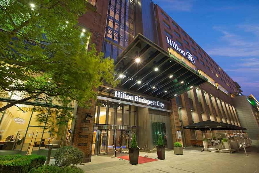 Luxury Hotel: Hilton Budapest City