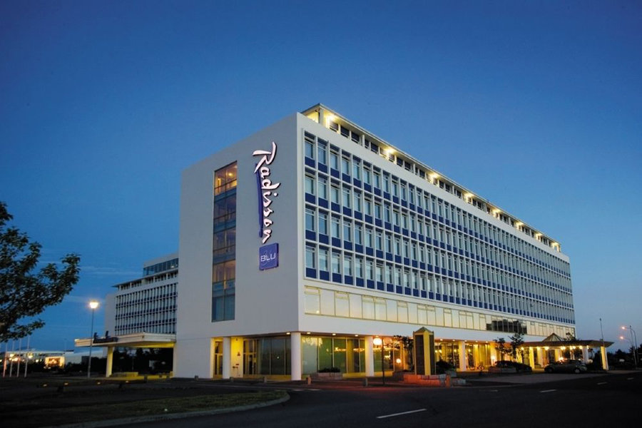 Luxury Hotel: RADISSON BLU SAGA HOTEL