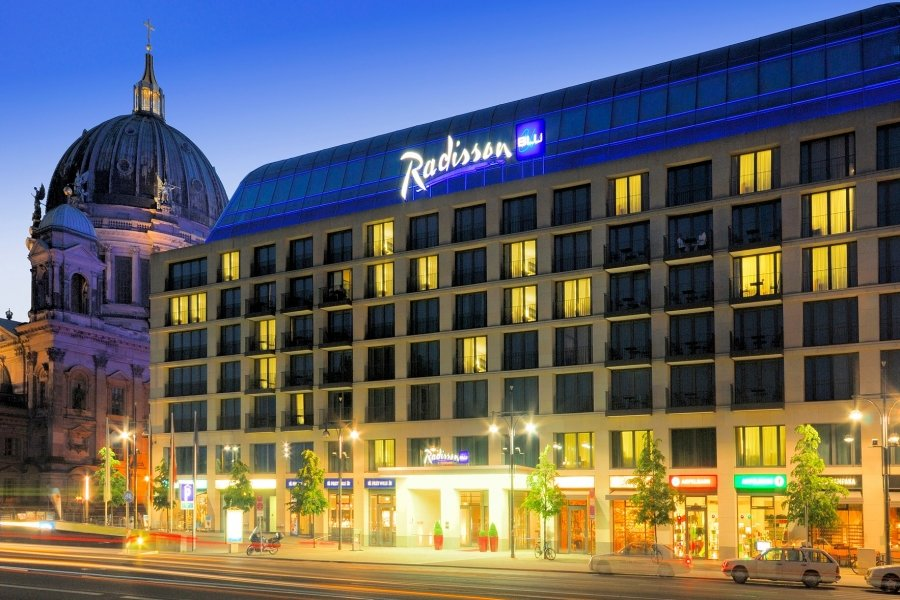 Luxury Hotel: RADISSON BLU HOTEL BERLIN