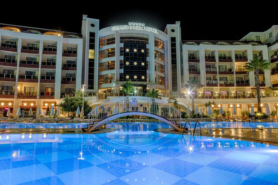 Luxury Hotel: Grand Pasa Hotel