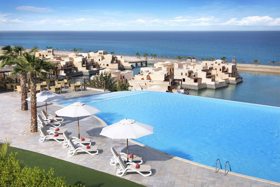Luxury Hotel: COVE ROTANA RESORT