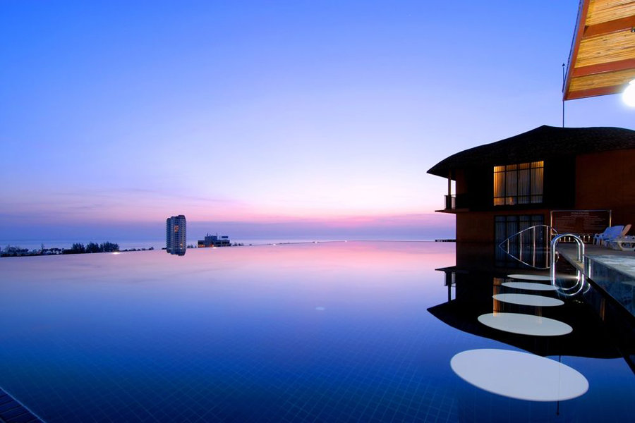Luxury Hotel: KARON PHUNAKA RESORT & SPA