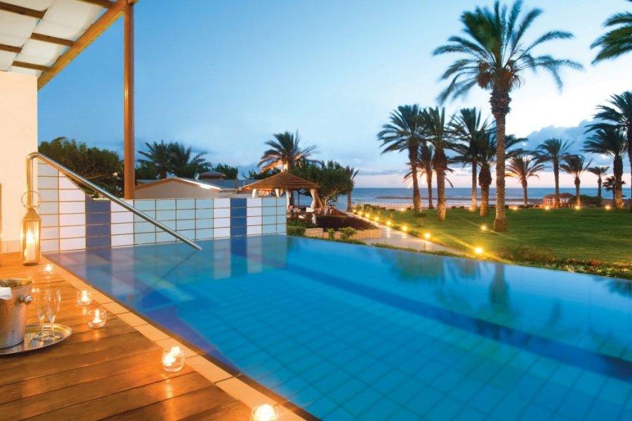 Luxury Hotel: CONSTANTINOU BROS ASIMINA SUITES & ATHENA BEACH