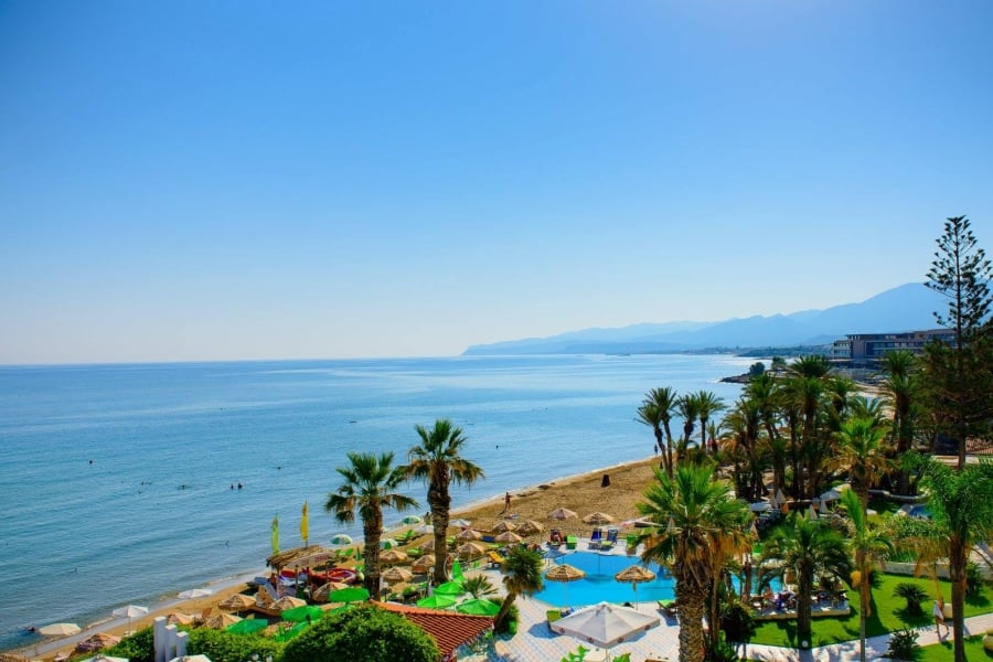 Zephyros beach boutique hotel going luxury for Luxury beach boutique hotels