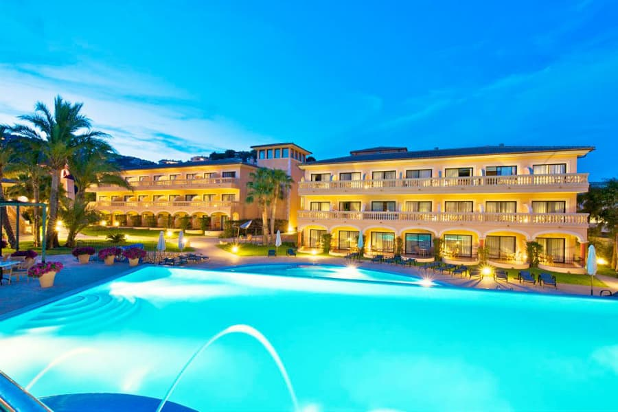 Luxury Hotel: MON PORT HOTEL & SPA