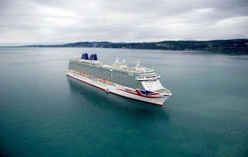 Luxury Hotel: Caribbean Transatlantic