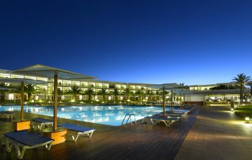 Luxury Hotel: GRAND PALLADIUM PALACE IBIZA RESORT & SPA