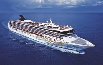Luxury Hotel: NCL Spirit - Canaries