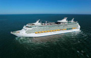 Luxury Hotel: Navigator of the Seas - Baltic Capitals