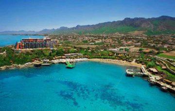 Luxury Hotel: Merit Crystal Cove