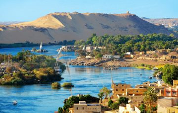 Luxury Hotel: Nile Cruise & Red Sea Stay with Pyramids