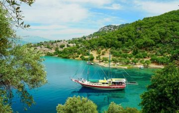 Luxury Hotel: TURKISH GULET CRUISE & STAY