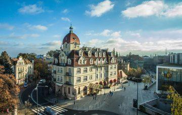 Luxury Hotel: Hotel Rezydent