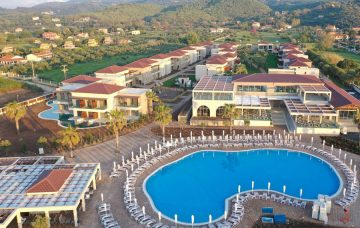 Luxury Hotel: ALMYROS BEACH RESORT & SPA