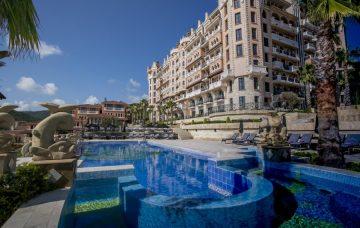 Luxury Hotel: Royal Castle Hotel