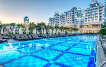 Luxury Hotel: RUBI PLATINUM SPA RESORT & SUITES