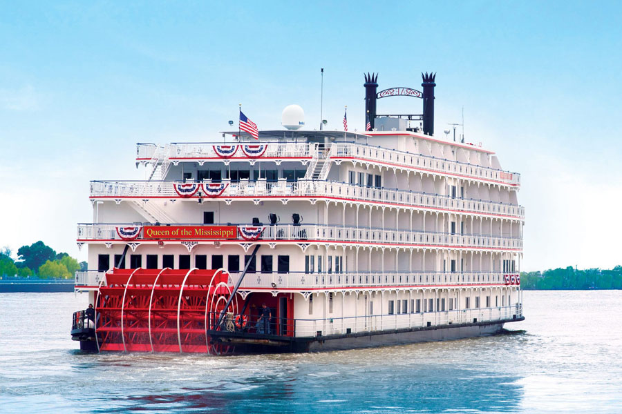 QUEEN OF THE MISSISSIPPI PADDLE STEAMER CRUISE
