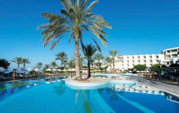 Luxury Hotel: CONSTANTINOU BROS ATHENA BEACH HOTEL
