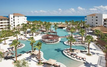 Luxury Hotel: SECRETS PLAYA MUJERES GOLF & SPA RESORT