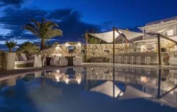 Luxury Hotel: OSTRACO SUITES