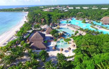 Luxury Hotel: GRAND PALLADIUM COLONIAL RESORT & SPA