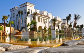 Luxury Hotel: MNAR CASTLE