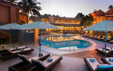 Luxury Hotel: WHISPERING PALMS BEACH RESORT