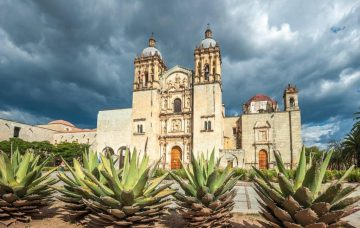 Luxury Hotel: THE MAGIC MEXICO ESCORTED TOUR
