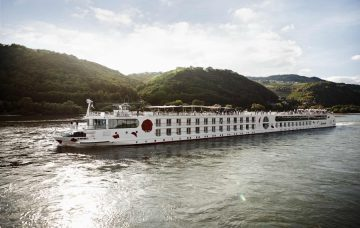 Luxury Hotel: NETHERLANDS & COLOGNE CRUISE & STAY
