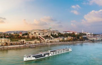 Luxury Hotel: RIVER DANUBE CRUISE & STAY