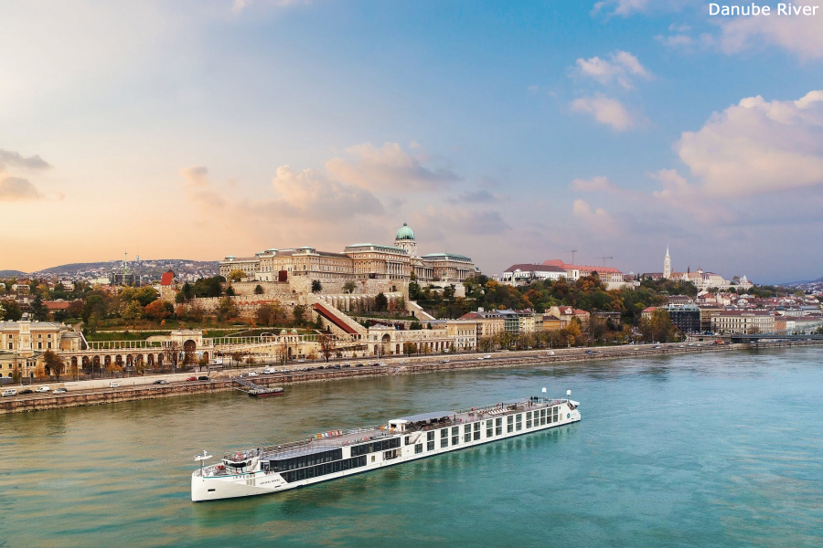 RIVER DANUBE CRUISE & STAY